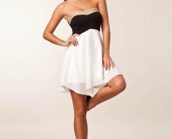 Sexy Lauren Ridealgh wearing stiletto pumps